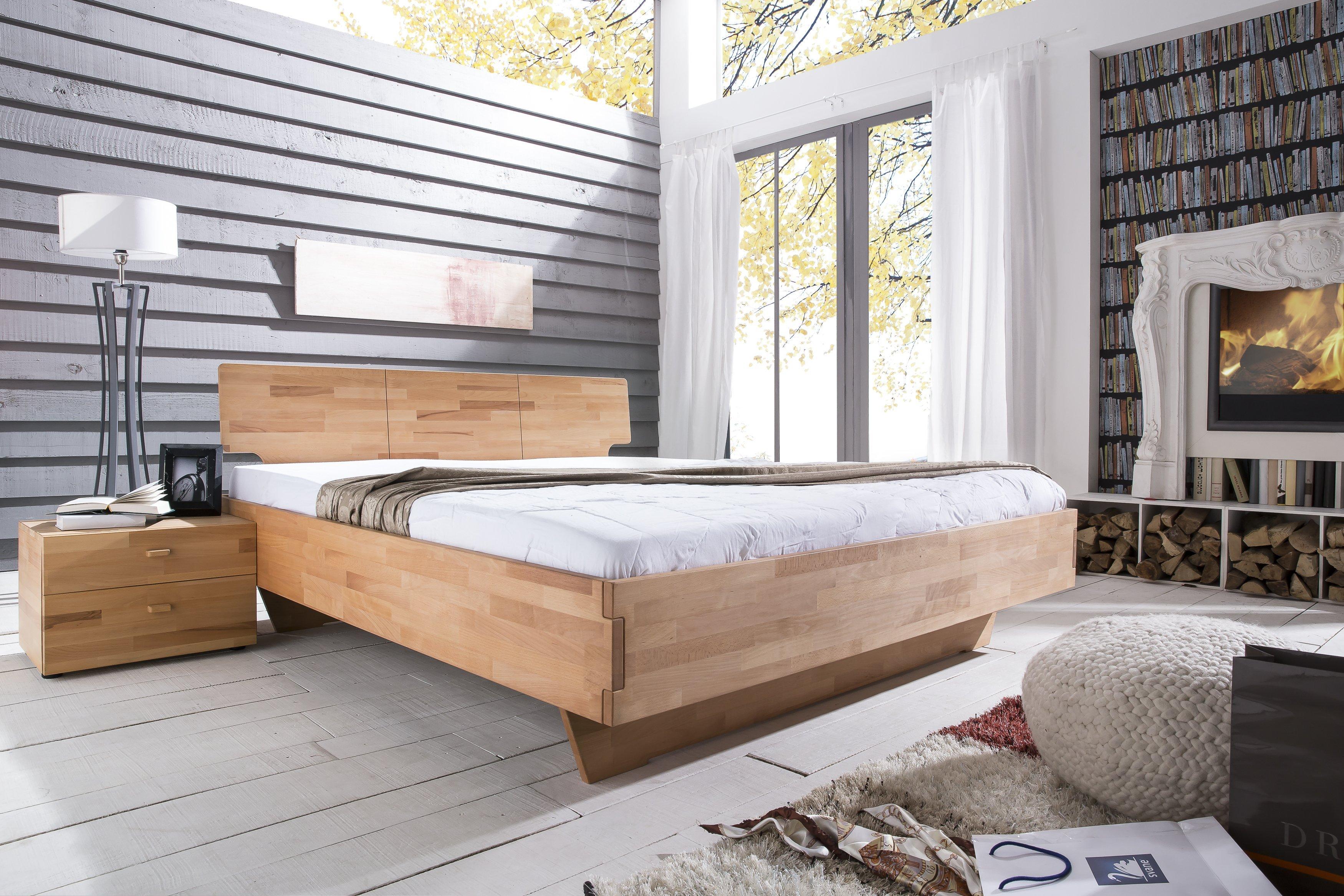 Massivholzbett Cielo von Living Home