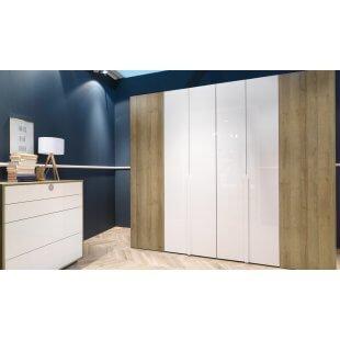 Begehbarer Falttüren- Kleiderschrank Ineo 294 cm von Welle Möbel